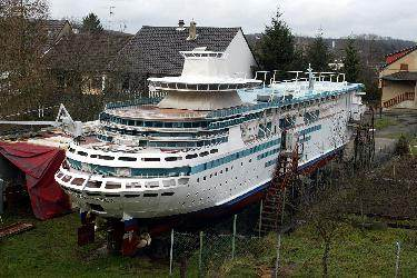 Building A Cruise Ship In Your Backyard CynicalC - Cruise ship builders